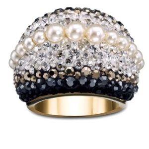 Chic Royalty Swarovski Crystal Pearl Dome Ring
